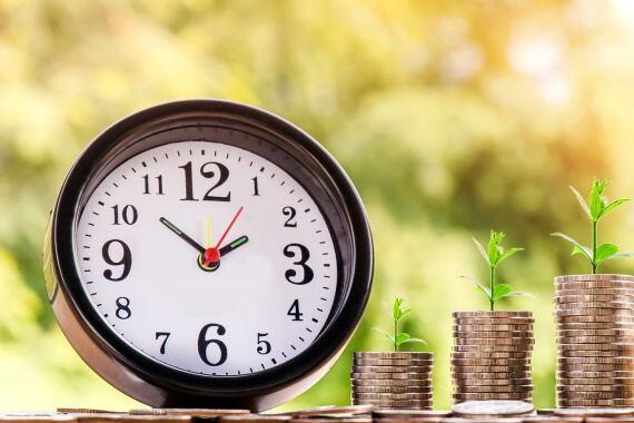 Okamžitá nebankovní půjčka – až 8000 Kč na 30 dní s možností prodloužení. Peníze pro zaměstnance, pro důchodce, pro OSVČ nebo pro matky na mateřské.