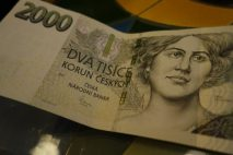 Nebankovní úvěr do 150 000 Kč umožňuje získat finanční prostředky na cokoliv, co právě potřebuje. Splátky si rozložíte až na 36 měsíců.