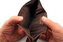 Rychlá půjčka do výplaty se dá získat i bez potvrzení o příjmu. Může to být až 80 000 Kč. Peníze můžete mít ještě dnes a použít je na cokoliv.